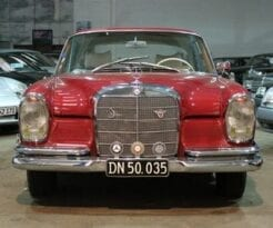 Mercedes-Benz 220-280 (W111) 220 SE Coupé full