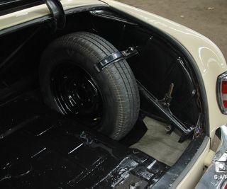 Mercedes-Benz 220 (W180) S Ponton full