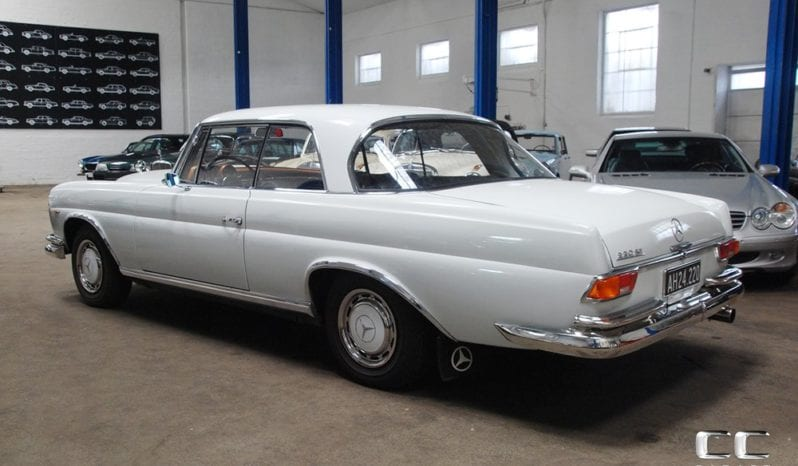 Mercedes-Benz 220-280 (W111) 220 SE Coupe man 2,2 full