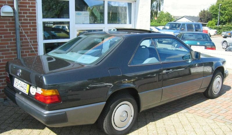 Mercedes-Benz Øvrige 230-ce full