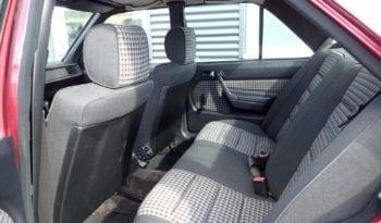 Mercedes-Benz 190 (W201) 2,6 full