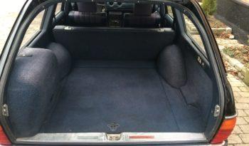 Mercedes-Benz 200-300 (W123) 300TD full