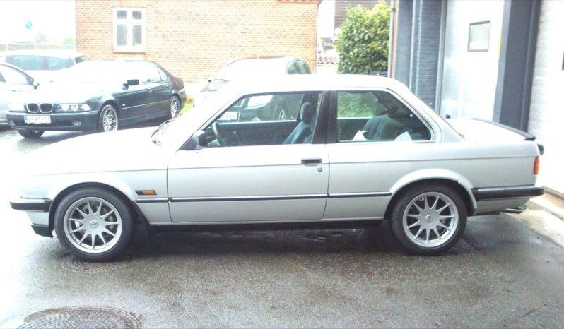 BMW 3-serie E30 320i 150 HK full