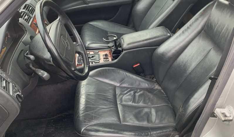Mercedes-Benz Øvrige 300 TD full