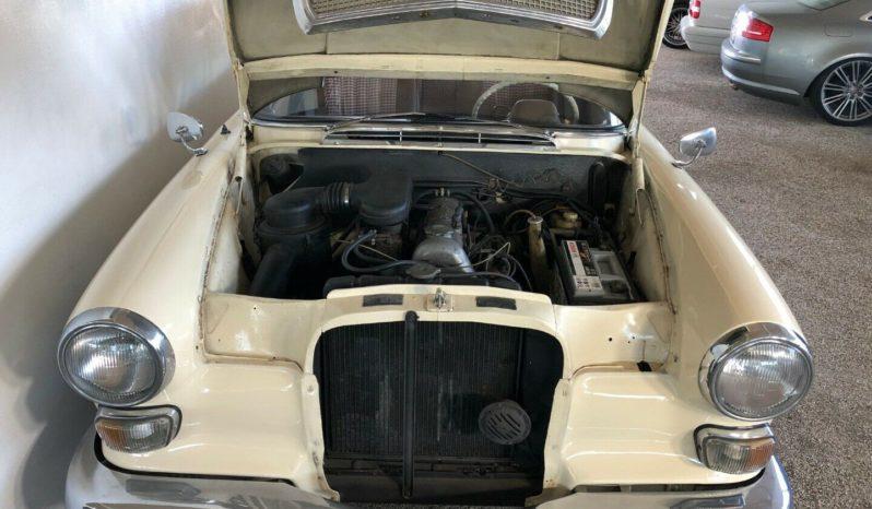 Mercedes-Benz 190-230 (W110) 200 Heckflosse full