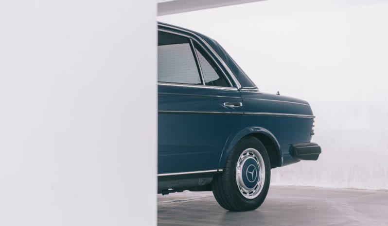 Mercedes-Benz 200-300 (W123) 240D full