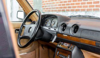 Mercedes-Benz 200-300 (W123) 300 TD full