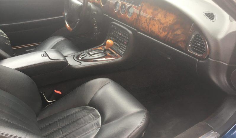 Jaguar XK8 Convertible full