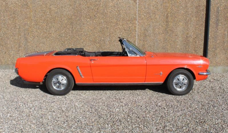 Ford Mustang Cab 1964 1/2 full