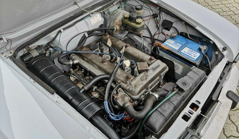 Alfa Romeo Giulia 1300 1,3 Super Nova full