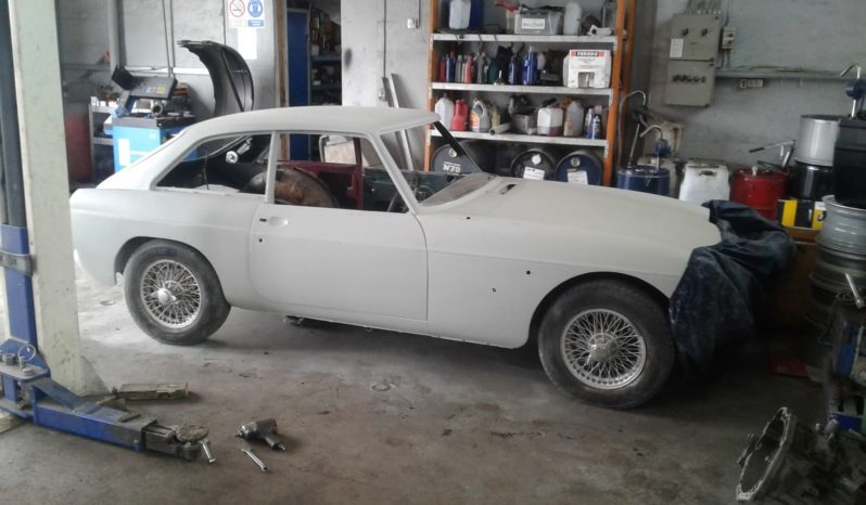 MG MGB 1,8 GT full