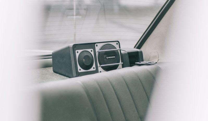 Mercedes-Benz 200-230 (W115) 300 D full