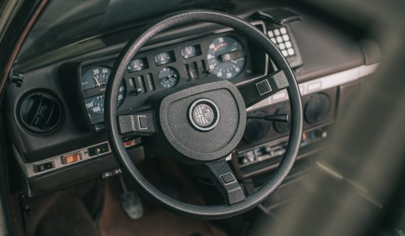 Alfa Romeo Alfetta 2000 Blindata full