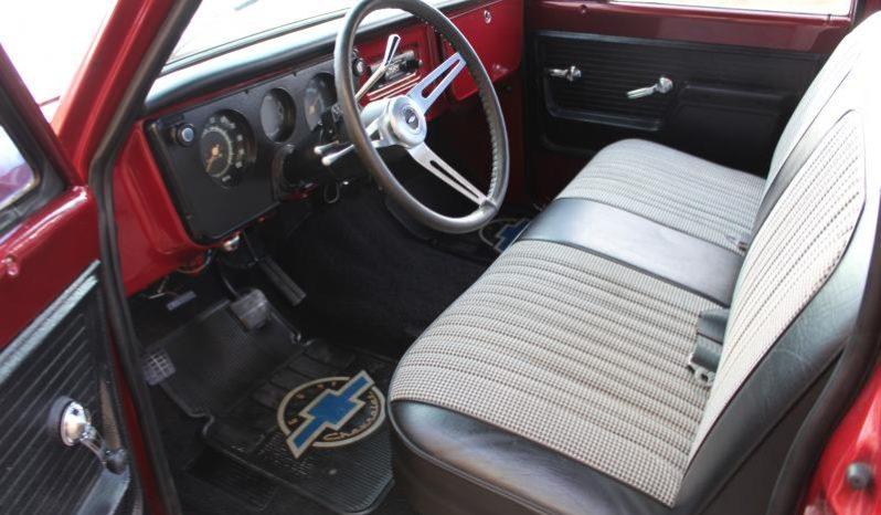 Chevrolet C10 Stepside Pick Up full