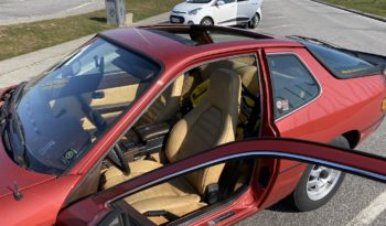 Porsche 924 coupe full