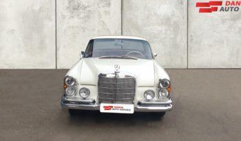 Mercedes-Benz 220-280 (W111) 220 SE 2,2 full