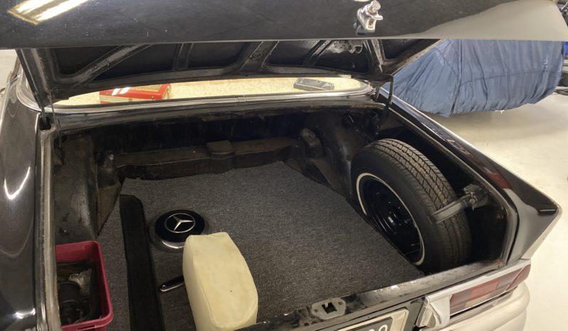 Mercedes-Benz 220-280 (W111) 220 SE full