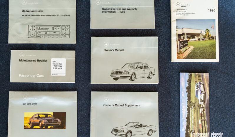 Mercedes-Benz E-Klasse (W124) E320 Convertible full