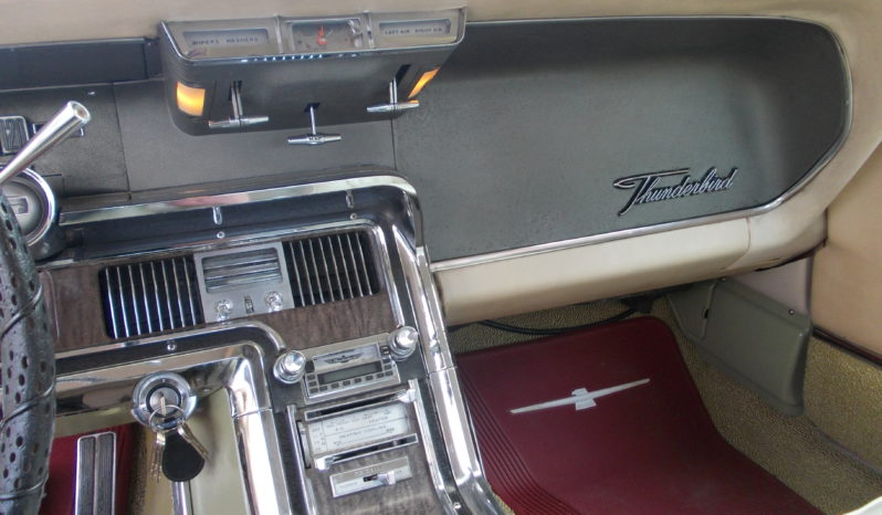 Ford Thunderbird 6,4 V8 300 HK Aut full